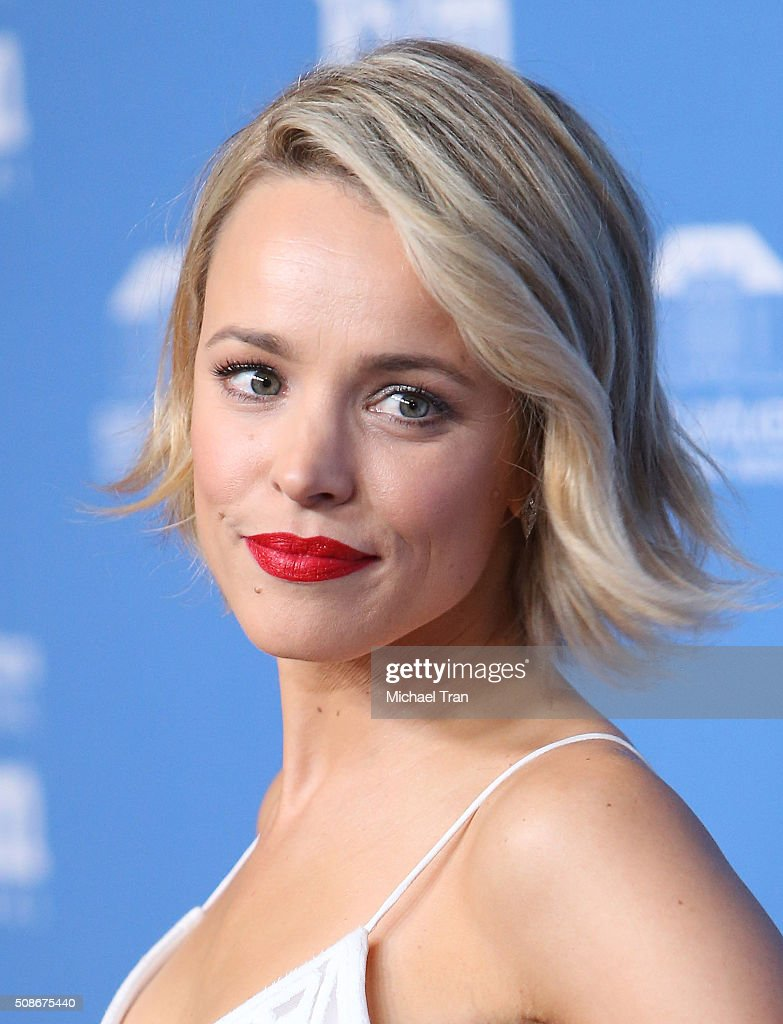 Rachel McAdams arrives at the American Riviera Award during The 31st Santa Barbara International Film Festival held at Arlington Theatre on February 5, 2016 in Santa Barbara, California.