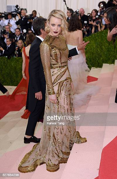 Rachel McAdams arrives for the Manus x Machina Fashion In An Age Of Technology Costume Institute Gala at Metropolitan Museum of Art on May 2 2016 in...
