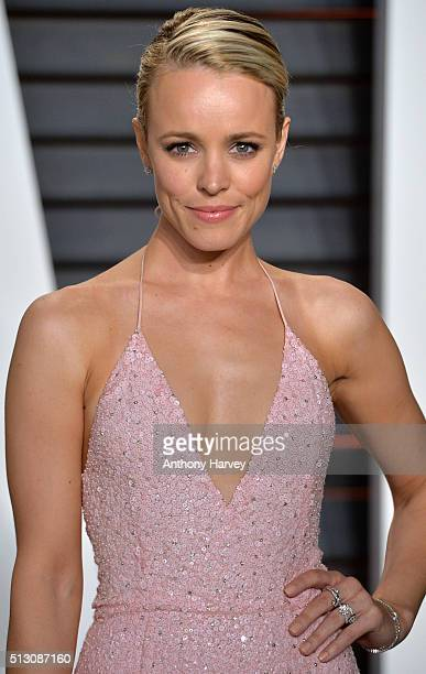 Rachel McAdams attends the 2016 Vanity Fair Oscar Party hosted By Graydon Carter at Wallis Annenberg Center for the Performing Arts on February 28...