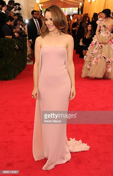 """Rachel McAdams attends the """"Charles James: Beyond Fashion"""" Costume Institute Gala at the Metropolitan Museum of Art on May 5, 2014 in New York City."""