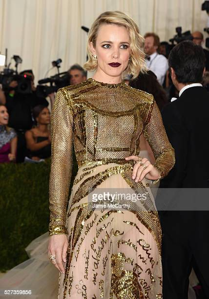 Rachel McAdams attends the 'Manus x Machina Fashion In An Age Of Technology' Costume Institute Gala at Metropolitan Museum of Art on May 2 2016 in...