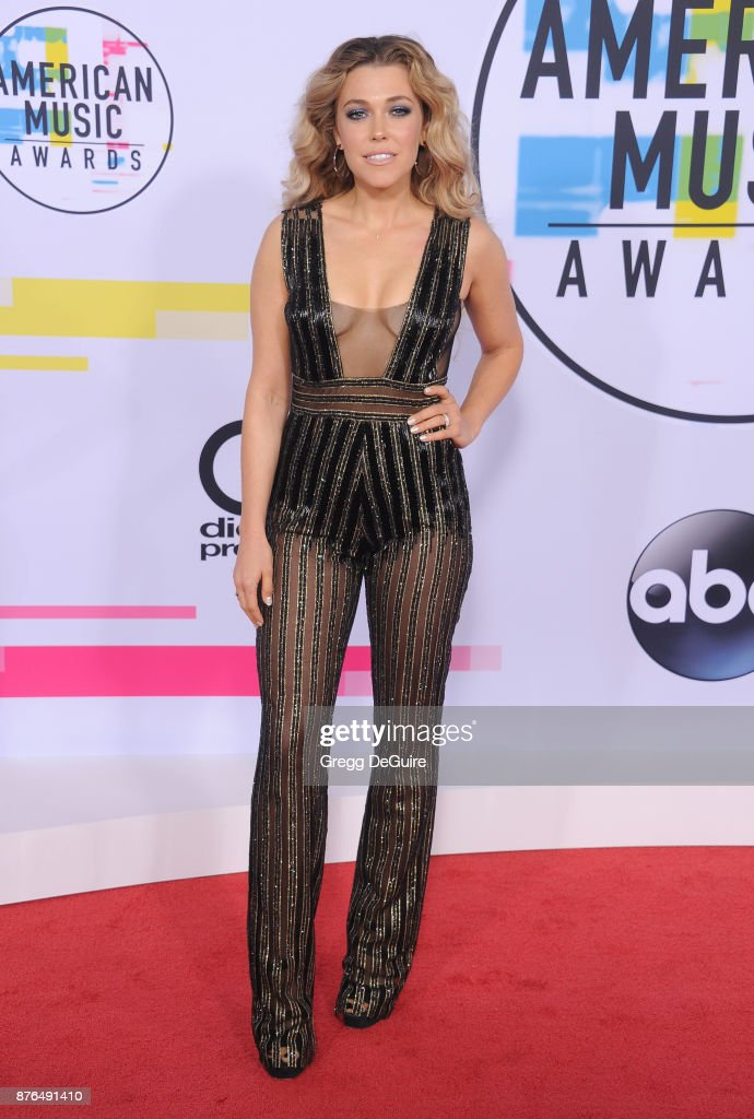 Rachel Platten arrives at the 2017 American Music Awards at Microsoft Theater on November 19, 2017 in Los Angeles, California.