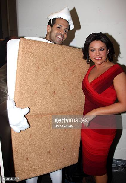COVERAGE* Rachel Ray and a Smores pose backstage at NBC presents Rosie Live variety show at the Little Shubert Theatre on November 26 2008 in New...
