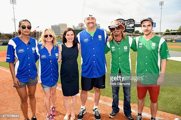 Rachel Smith Deana Carter Erin Bess Stephen Bess Bret Michaels and Jonas Baade showed their softball skills for charity at City of Hope's 25th Annual...