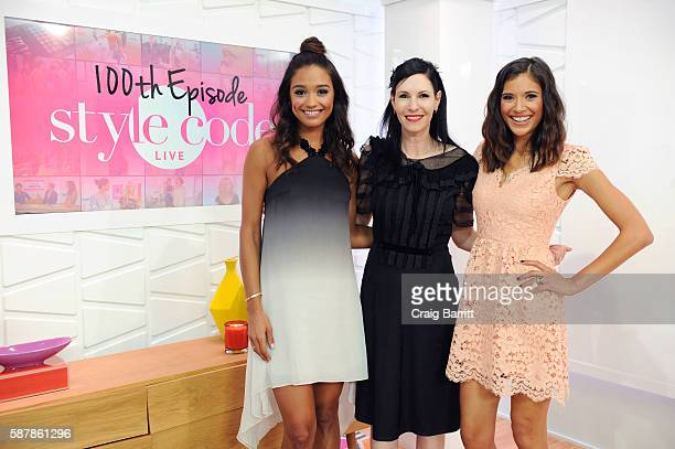 Rachel Smith 'Odd Mom Out' star Jill Kargman and Lyndsey Rodrigues appear on Amazon's live stream fashion and beauty show Style Code Live celebrating...