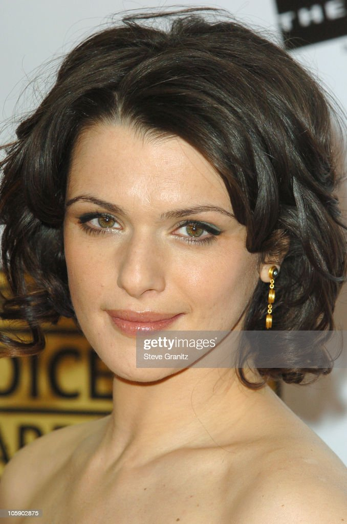 11th Annual Critics' Choice Awards - Arrivals