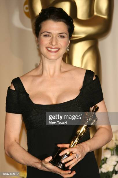 "Rachel Weisz winner Best Actress in a Supporting Role for ""The Constant Gardener"""