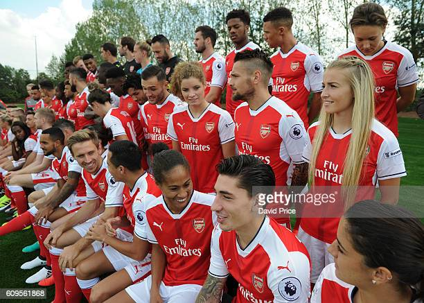 Rachel Yankey Leah Williamson and Dominique Janssen of Arsenal Ladies with Hector Bellerin and Mathieu Debuchy of Arsenal during the Arsenal Squad...