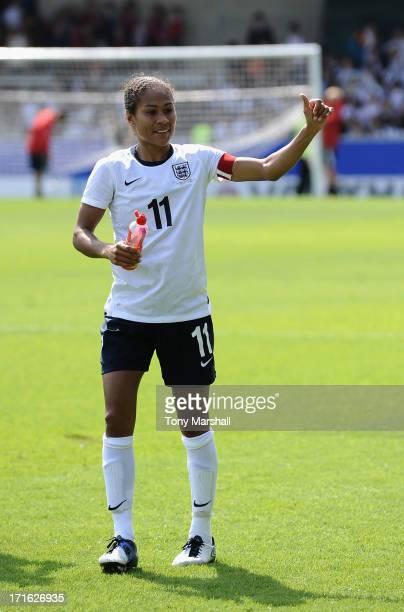 Rachel Yankey of England applauds the fans at the end of the England Women v Japan Women Womens' International Match at Pirelli Stadium on June 26...