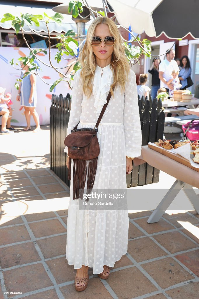 Maisonette Family Day at Brentwood Country Mart : News Photo
