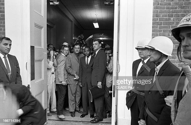 Riots After The Admission Of First Black Student At The University Of Oxford In Mississippi Aux EtatsUnis dans le Mississippi en septembre 1962...