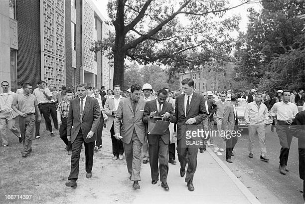 Riots After The Admission Of First Black Student At The University Of Oxford In Mississippi Aux EtatsUnis dans le Mississippi en septembre 1962...