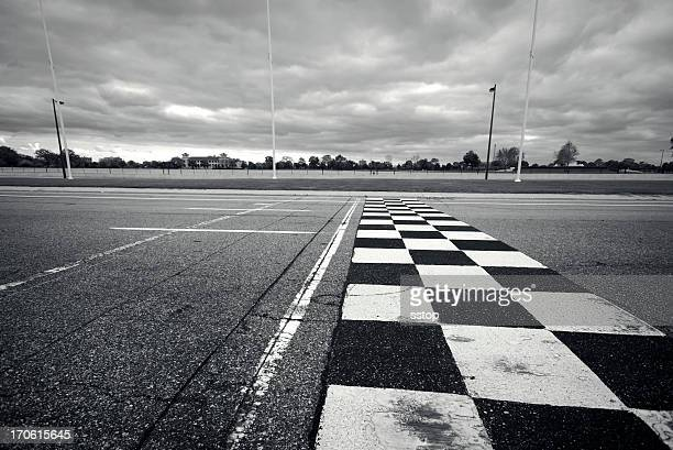racing finish line - motorsport bildbanksfoton och bilder