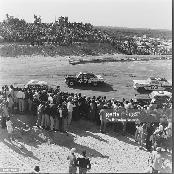Racing happens in close proximity to spectators and journalists Cotton Owen grabs the inside line nearest to spectators as he leads Jack Smith Banjo...