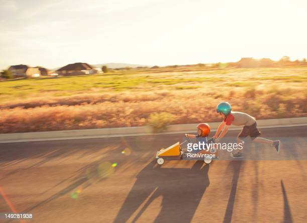 Racing Kinder