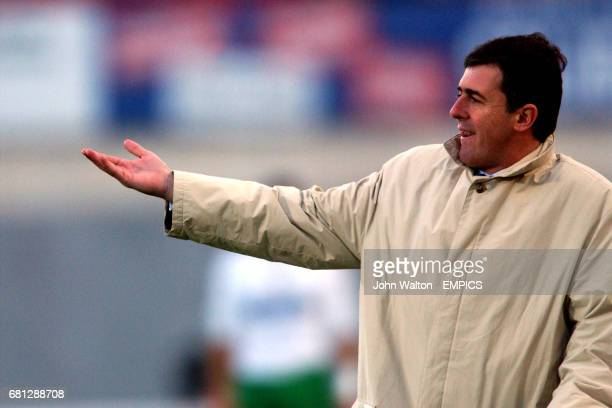 Racing Santandar coach Lucas Alcaraz