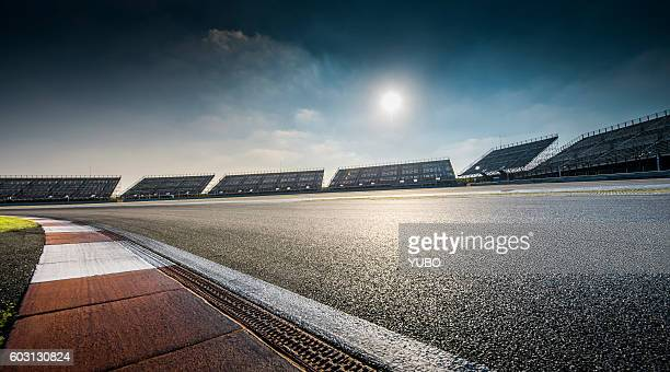 racing track - motorsport stock pictures, royalty-free photos & images