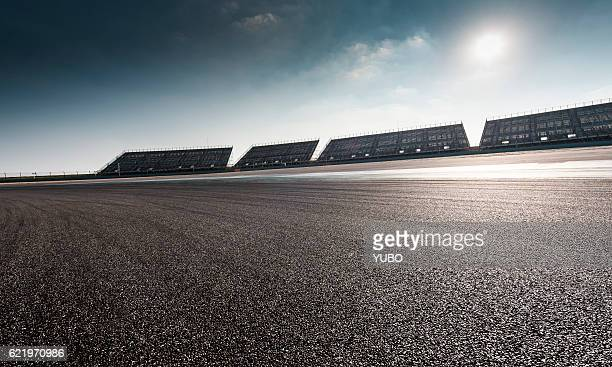 racing track - motor racing track stock pictures, royalty-free photos & images