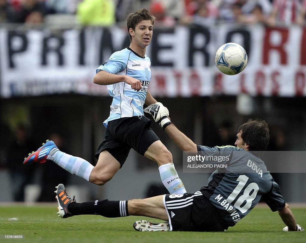 FBL-ARGENTINA-RIVER-RACING : News Photo