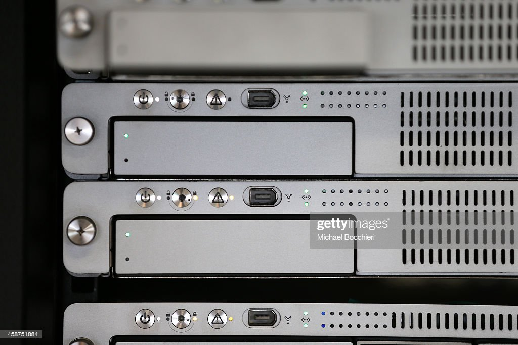 A rack-mount server runs in a server room on November 10, 2014 in New York City. U.S. President Barack Obama called on the Federal Communications Commission to implement a strict policy of net neutrality and to oppose content providers in restricting bandwith to customers.