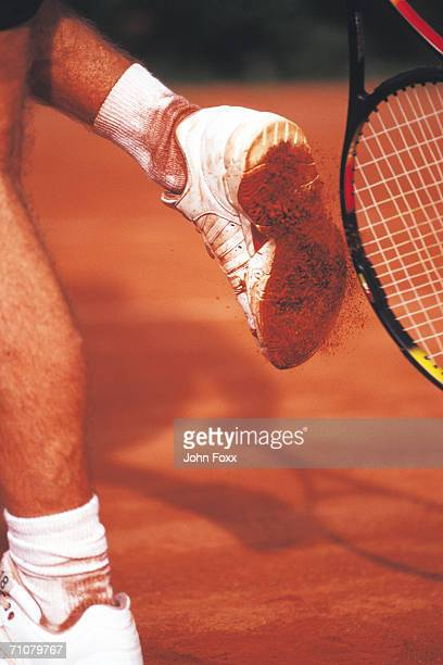 racquet to foot