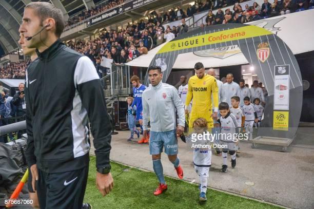 Radamel Falcao and Danijel Subasic of Monaco during the Ligue 1 match between Amiens SC and AS Monaco at Stade de la Licorne on November 17 2017 in...