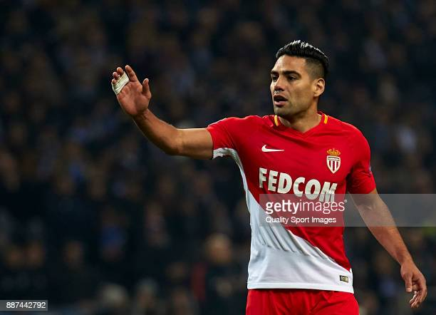 Radamel Falcao of AS Monaco reacts during the UEFA Champions League group G match between FC Porto and AS Monaco at Estadio do Dragao on December 6...