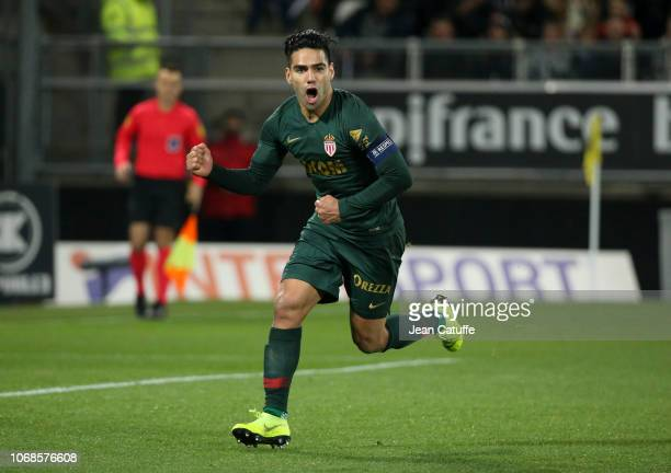 Radamel Falcao of Monaco celebrates his first goal on a penalty kick during the Ligue 1 match between Amiens SC and AS Monaco at Stade de la Licorne...
