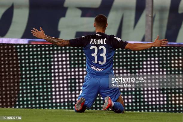 Rade Krunic of Empoli FC celebrates after scoring a goal during the serie A match between Empoli and Cagliari at Stadio Carlo Castellani on August 19...