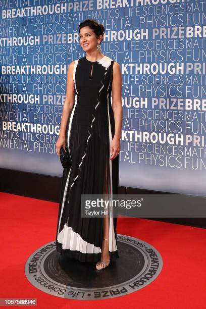 Radhika Jones attends the 7th Annual Breakthrough Prize Ceremony at NASA Ames Research Center on November 4 2018 in Mountain View California