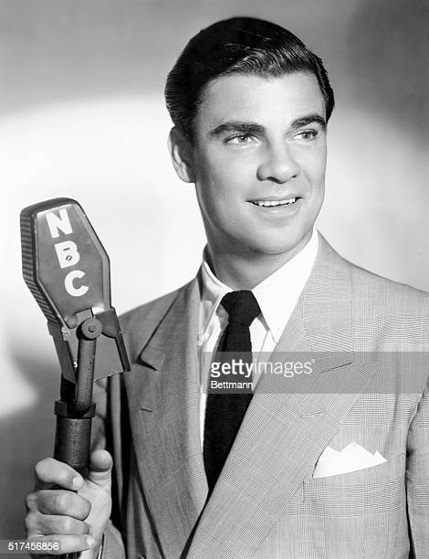 Radio Banker. Bert Parks is the genial emcee of the fast-moving quiz show, Break the Bank, which starts on the NBC network, Wednesday, October 5.