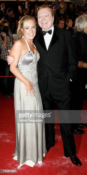 Radio broadcaster Fifi Box and TV presenter Bert Newton attend the 2007 TV Week Logie Awards at the Crown Casino on May 6 2007 in Melbourne Australia...