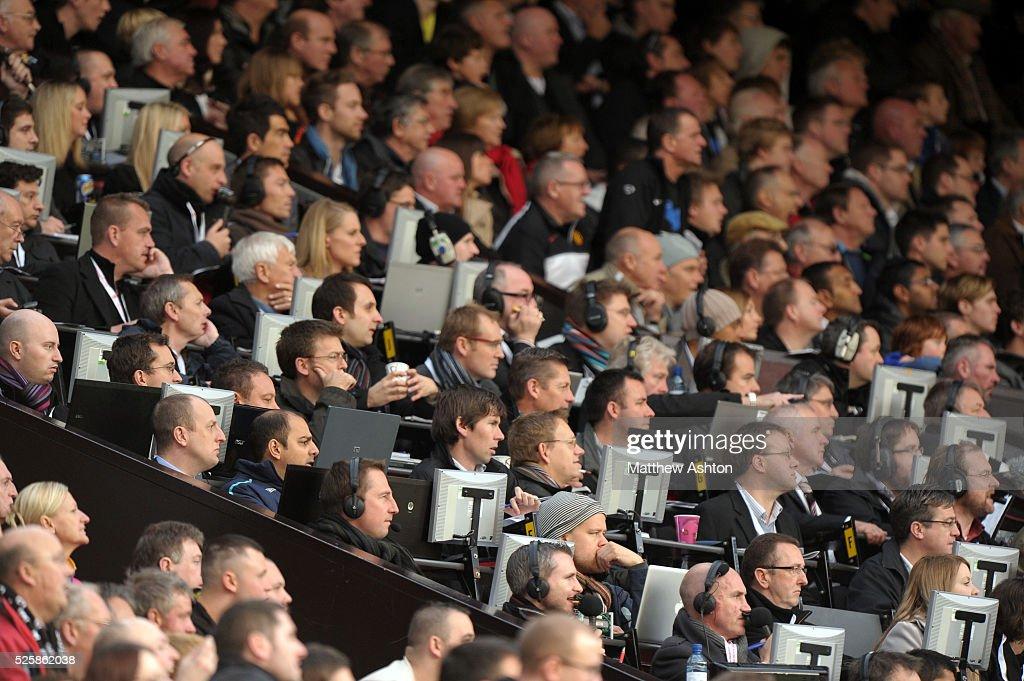 Soccer - Barclays Premier League - Manchester United v West Bromwich Albion : News Photo