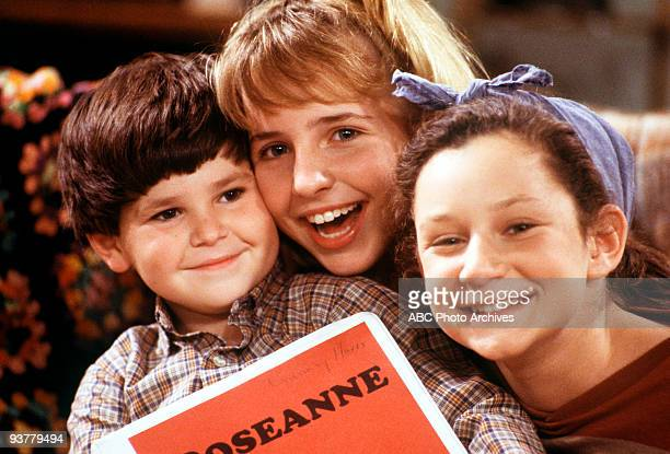 ROSEANNE Radio Days Season One 11/29/88 A songwriting contest unleashes creativity in Dan and Roseanne Pictured Michael Fishman Lecy Goranson Sara...