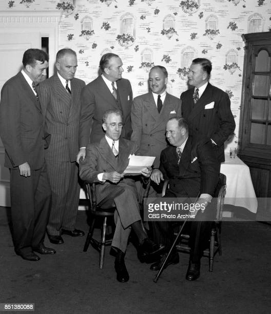 Radio holds a cocktail and dinner party in the American Room of the Hollywood Brown Derby restaurant to honor Edgar Harrison Wileman noted home...