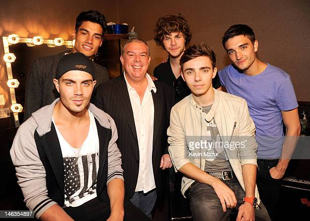 Radio host Elvis Duran with musicians Max George Siva Kaneswaran Jay McGuiness Tom Parker and Nathan Sykes of The Wanted attends the Media Mixer...
