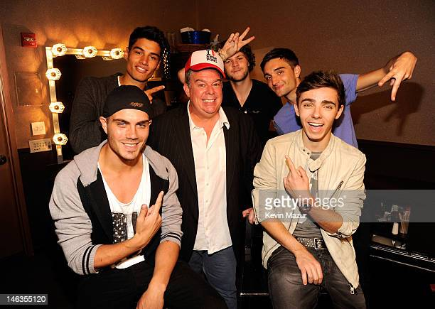Radio host Elvis Duran with musicians Max George Siva Kaneswaran Jay McGuiness Tom Parker and Nathan Sykes of The Wanted attend the Media Mixer...