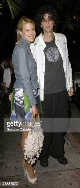 Radio host Howard Stern and model Beth Ostrosky arrive at Barton G restaurant on February 21, 2007 in Miami Beach, Florida.