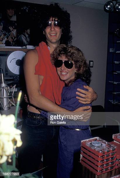 Radio host Howard Stern and model Jessica Hahn pose for pictures at The Howard Stern Show on September 29 1987 at WXRK KRock 923 Radio Stadion in New...