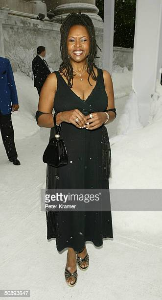 Radio Host Robin Quivers attends the New York Premiere of The Day After Tomorrow on May 24 2004 in New York City