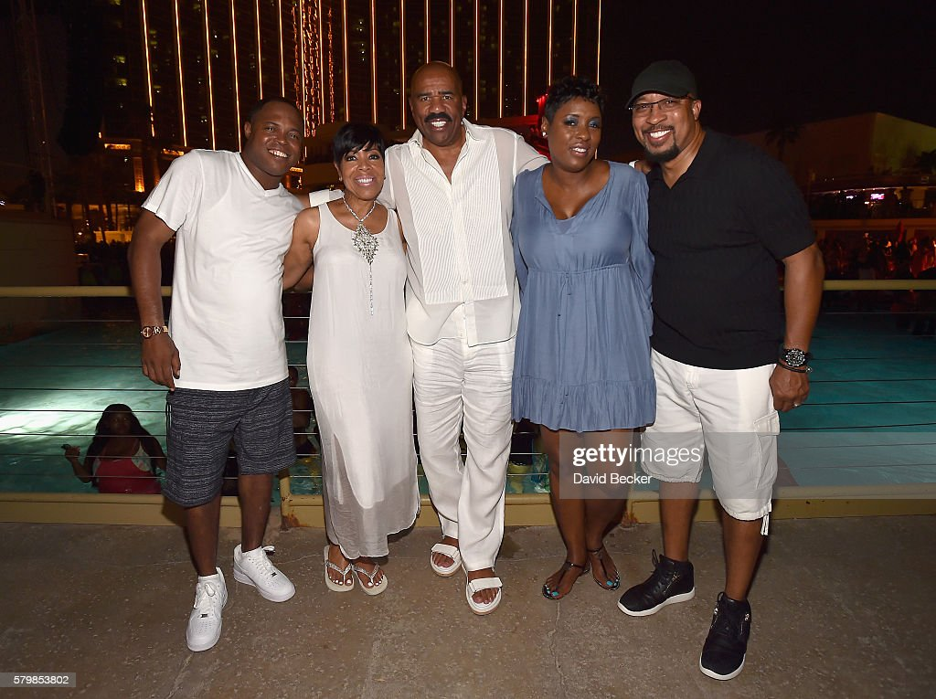 Radio personalities Kier 'Junior' Spates, Shirley Strawberry, comedian Steve Harvey, radio personalities Carla Ferrell and Thomas 'Nephew Tommy' Miles attend the Neighborhood Awards Beach Party at the Mandalay Bay Beach at the Mandalay Bay Resort and Casino on July 24, 2016 in Las Vegas, Nevada.