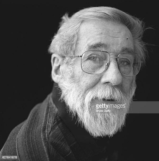 Radio personality Peter Gzowski died in Toronto Canada on January 24 of chronic obstructive pulmonary disease The Peabody Awardwinner for Outstanding...