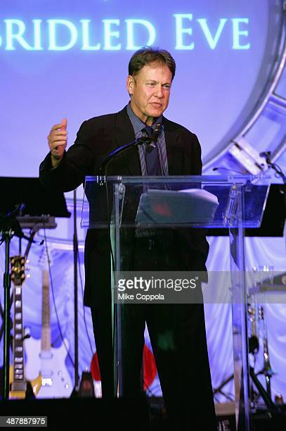 Radio personality Rick Dees speaks at the 2014 Unbridled Eve Derby Gala during the 140th Kentucky Derby at Galt House Hotel Suites on May 2 2014 in...