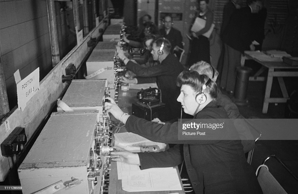 BBC Control Room : News Photo
