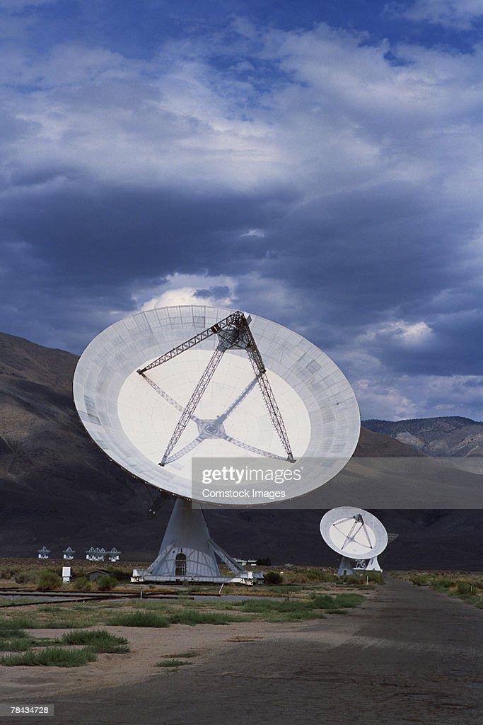 Radio telescope , Owens Valley , California : Stockfoto