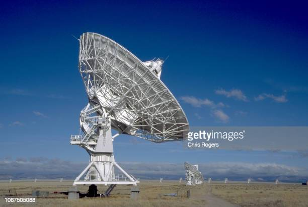 radio telescope - national radio astronomy observatory stock pictures, royalty-free photos & images