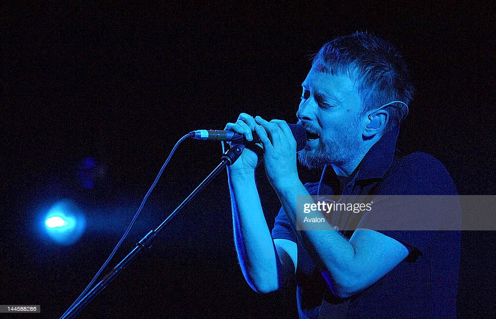 Radiohead performing on stage at V2006 F. : News Photo