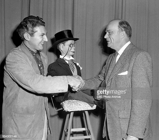 Radios The Edgar Bergen and Charlie McCarthy Show Pictured is pianist Liberace with Ventriloquist Edgar Bergen and his sidekick Charlie McCarthy...