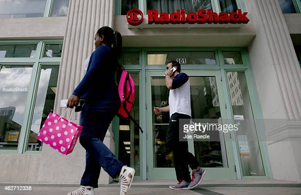 RadioShack store is seen on February 3, 2015 in Miami, Florida. Reports indicate that the New York Stock Exchange will suspend trading in RadioShack...