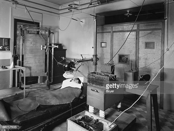 Radiotherapy installation Paris Pasteur pavilion in the Radium institute 1920